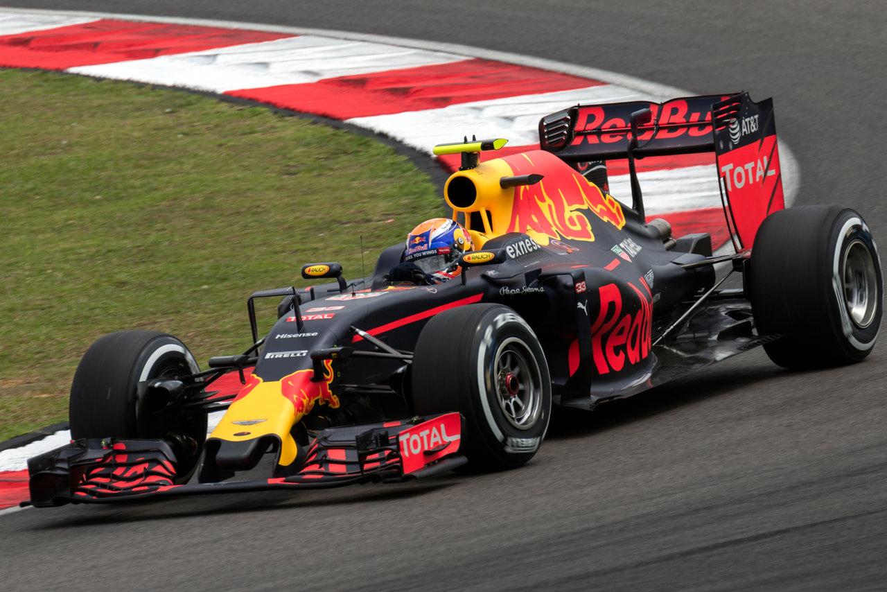 Max Verstappen in zijn Red Bull bolide